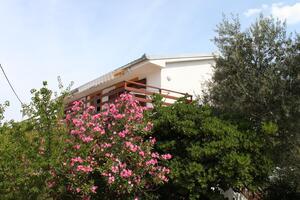 Apartamenty z parkingiem Starigrad (Paklenica) - 6614