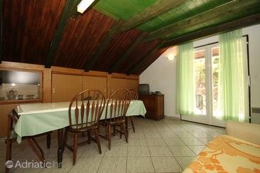 Starigrad, Dining room in the apartment, dostupna klima, dopusteni kucni ljubimci i WIFI.