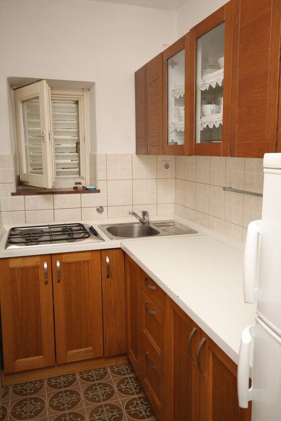 Ferienwohnung im Ort Starigrad (Paklenica), Kapazität 4+1 (2143350), Starigrad Paklenica, , Dalmatien, Kroatien, Bild 3