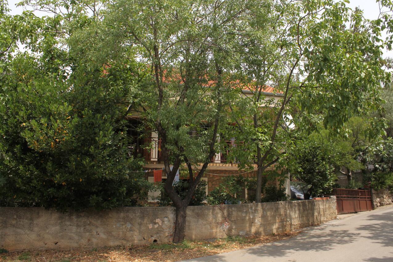 Ferienwohnung im Ort Starigrad (Paklenica), Kapazität 4+1 (2143350), Starigrad Paklenica, , Dalmatien, Kroatien, Bild 1