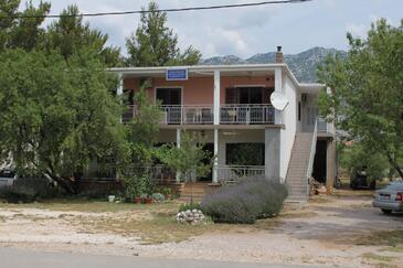 Seline, Paklenica, Obiekt 6629 - Apartamenty z kamienistą plażą.