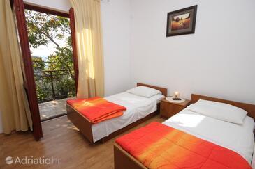 Starigrad, Sypialnia w zakwaterowaniu typu room, Dostępna klimatyzacja i WiFi.