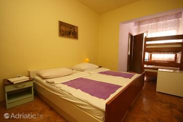 Starigrad, Bedroom in the room, dopusteni kucni ljubimci i WIFI.