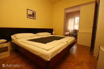 Starigrad, Bedroom in the room, dopusteni kucni ljubimci i WIFI.