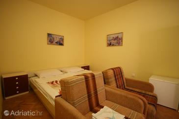 Starigrad, Bedroom in the room, dostupna klima i dopusteni kucni ljubimci.