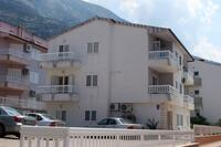 Apartments with a parking space Makarska - 6640