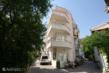 Makarska, Makarska, Property 6642 - Apartments with pebble beach.