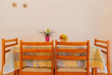 Podgora, Dining room in the apartment, air condition available and WiFi.