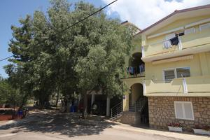 Apartments with a parking space Starigrad (Paklenica) - 6648