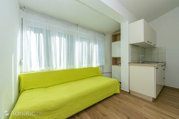Drašnice, Jídelna v ubytování typu apartment, s klimatizací a WiFi.