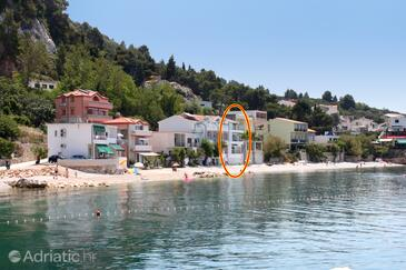 Drašnice, Makarska, Property 6652 - Apartments near sea with pebble beach.