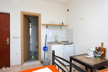 Gradac, Kuhinja v nastanitvi vrste studio-apartment, WiFi.