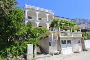 Apartments with a parking space Gradac (Makarska) - 6660