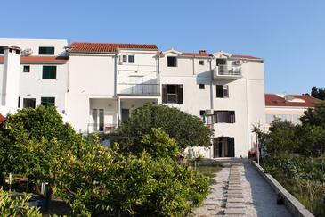 Drvenik Donja vala, Makarska, Obiekt 6662 - Apartamenty przy morzu ze żwirową plażą.