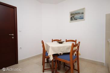 Makarska, Dining room in the apartment, WIFI.