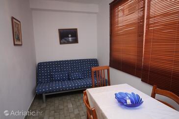 Makarska, Living room in the studio-apartment, WIFI.