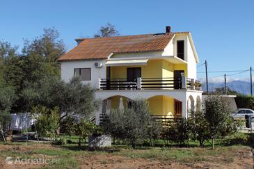 Privlaka, Zadar, Объект 667 - Апартаменты с песчаным пляжем.