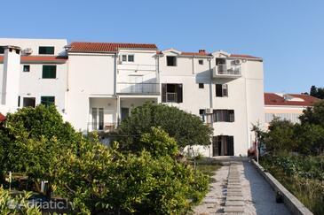 Drvenik Donja vala, Makarska, Property 6675 - Apartments near sea with pebble beach.