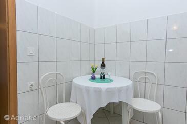 Podaca, Столовая в размещении типа apartment, Домашние животные допускаются и WiFi.