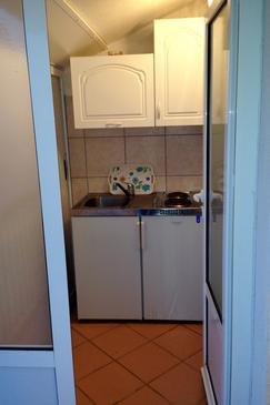 Podaca, Kitchen in the apartment, (pet friendly) and WiFi.