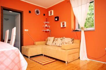 Brela, Pokój dzienny w zakwaterowaniu typu house, dostupna klima, dopusteni kucni ljubimci i WIFI.