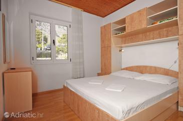 Živogošće - Blato, Bedroom in the room, WIFI.