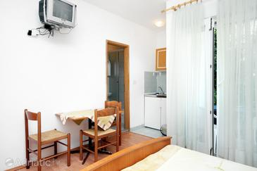 Drvenik Donja vala, Столовая в размещении типа studio-apartment, WiFi.