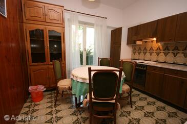 Podgora, Dining room in the apartment.