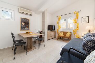 Baška Voda, Столовая в размещении типа apartment, доступный кондиционер, Домашние животные допускаются и WiFi.