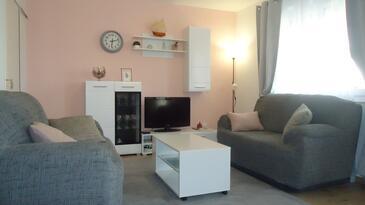 Makarska, Living room in the apartment, dostupna klima, dopusteni kucni ljubimci i WIFI.