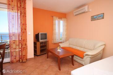 Baška Voda, Wohnzimmer in folgender Unterkunftsart apartment, Klimaanlage vorhanden und WiFi.