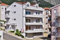 Апартаменты с парковкой Makarska - 6720