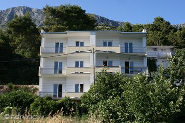 Drvenik Donja vala, Makarska, Property 6737 - Apartments with pebble beach.