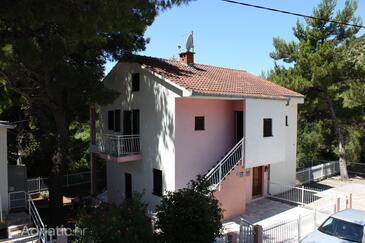 Zaostrog, Makarska, Property 6743 - Apartments with rocky beach.