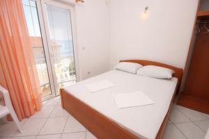 Apartments by the sea Podaca, Makarska - 6745