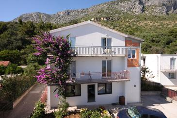 Podaca, Makarska, Property 6745 - Apartments near sea with pebble beach.