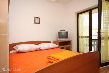 Krvavica, Гостиная в размещении типа apartment, Домашние животные допускаются и WiFi.