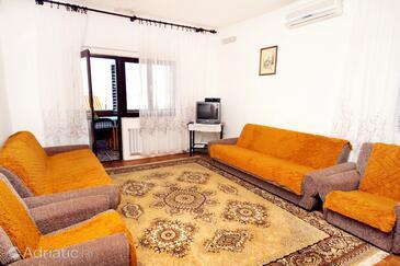 Obývací pokoj    - A-676-a