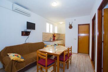 Baška Voda, Ebédlő szállásegység típusa apartment, légkondicionálás elérhető és WiFi .