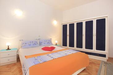 Makarska, Bedroom in the room, dostupna klima.