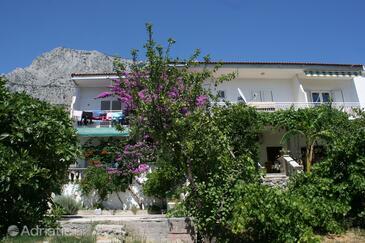 Krvavica, Makarska, Property 6769 - Apartments with pebble beach.