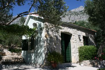 Puharići, Makarska, Property 6770 - Vacation Rentals with pebble beach.