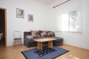 Gradac, Pokój dzienny w zakwaterowaniu typu apartment, dopusteni kucni ljubimci i WIFI.