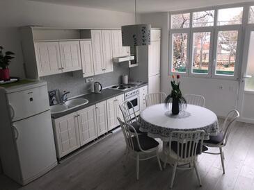 Makarska, Dining room in the apartment, WiFi.
