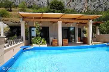 Kotišina, Makarska, Property 6808 - Vacation Rentals with pebble beach.