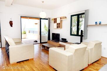 Kotišina, Living room in the house, dopusteni kucni ljubimci i WIFI.