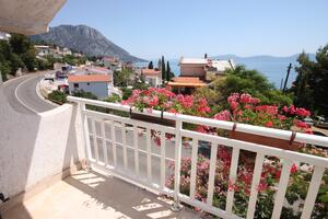 Apartments by the sea Brist, Makarska - 6813