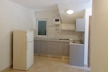 Brist, Kuchyně v ubytování typu apartment, WiFi.