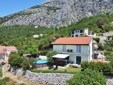 Gornji Tučepi - Podpeć, Makarska, Объект 6815 - Дом для отдыха с галечным пляжем.