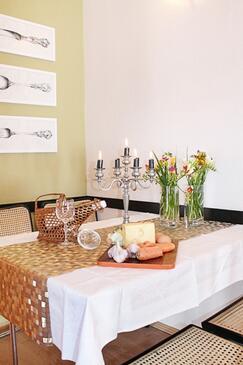 Tučepi, Esszimmer in folgender Unterkunftsart apartment, Klimaanlage vorhanden, Haustiere erlaubt und WiFi.